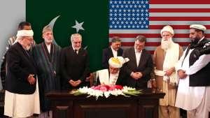 «ایشیا تایمز»: بازگشت گلبدین، معامله پس پرده امریکا و پاکستان است