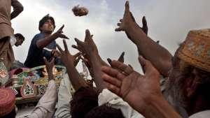 پاکستان، اتمی ترهګرروزونکی ځواک چی خلک یی د خوړلو ډوډی نه لری