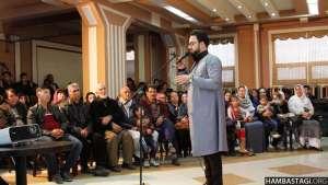 ولی فتح علی خان آهنگ «نامردان» را در برنامه مشترک با «حزب همبستگی» اجرا کرد