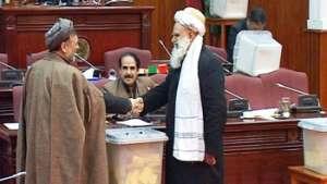 پارلمان افغانستان، مکان امن برای جنایت و فساد